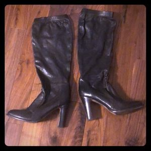 DKNY scrunch leather boots